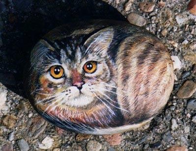 fljuida. как живые выглядят рисунки кошек на камнях.  Может и Вы попробуете нарисовать.